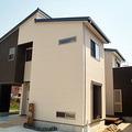西尾市でウッドデッキのある自然素材を多く利用した耐震住宅
